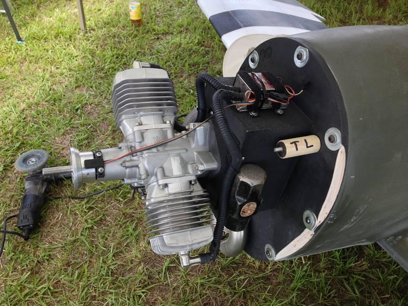 Jeff Naul & Scott Duggan's 1/4 Scale P-47 Thunderbolt